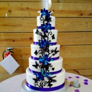 Example of a round 5 tiered cake stand